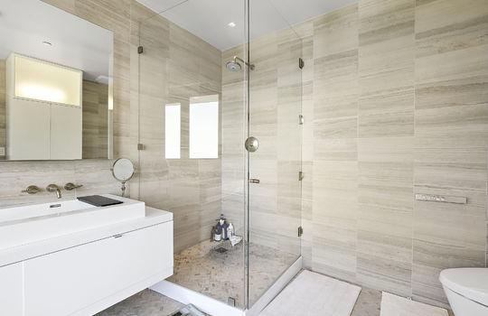 bedroom2-bathroom-3
