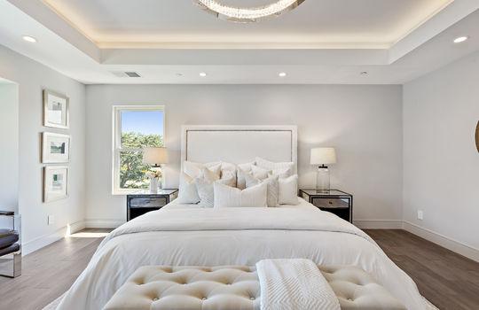 floor_2_master_bedroom-18