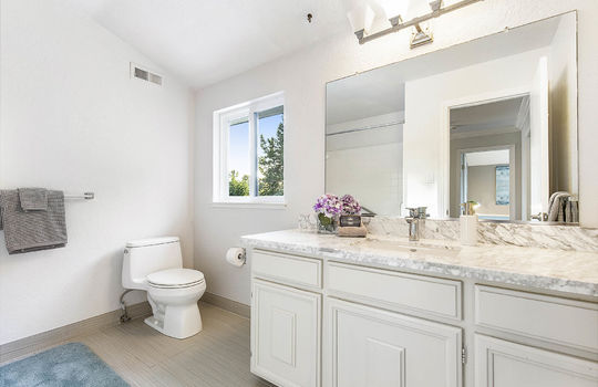 level_2_bathroom_1-1