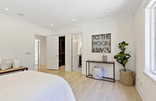 level_2_bedroom_1-9