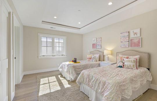 level_2_bedroom_2-1