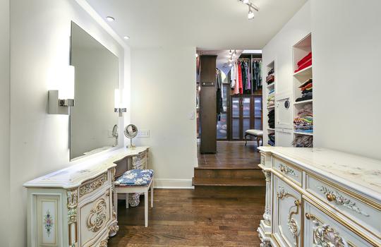 master-bedroom-closets-1
