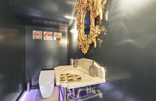 restroom-1-1