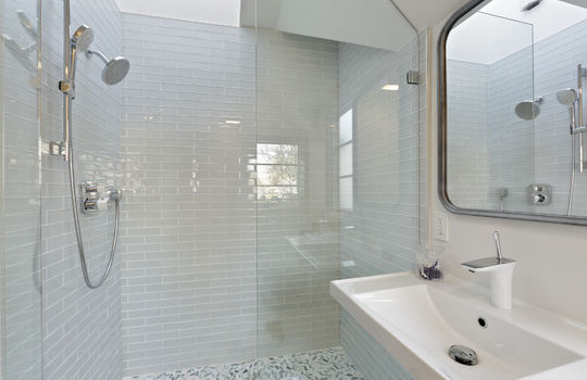 floor_2_bathroom_2-4