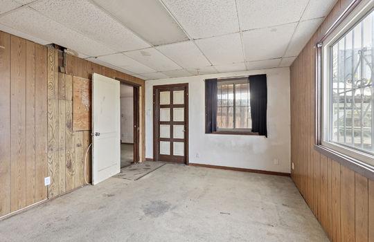 floor1_bedroom-6
