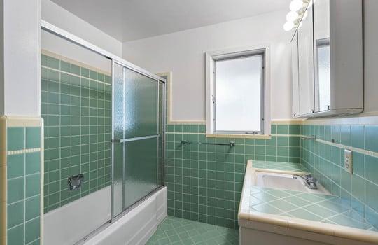 Floor1_bathroom-3-2