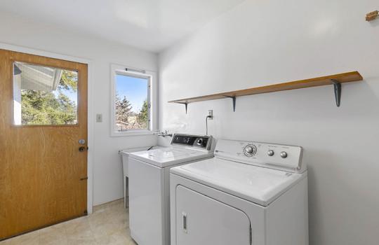 Floor1_laundry-room-6-2