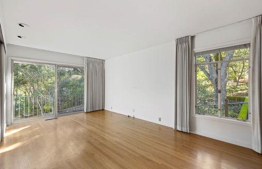 Floor1_master_bedroom-3-2