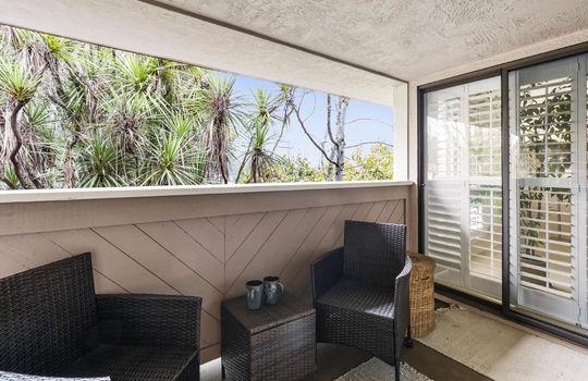 balcony-1-2