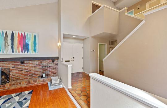Floor1_livingroom-15