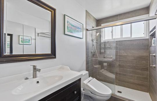 Floor2_bathroom_1-3-2