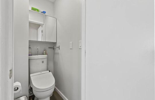 Floor2_bathroom_2-3-2