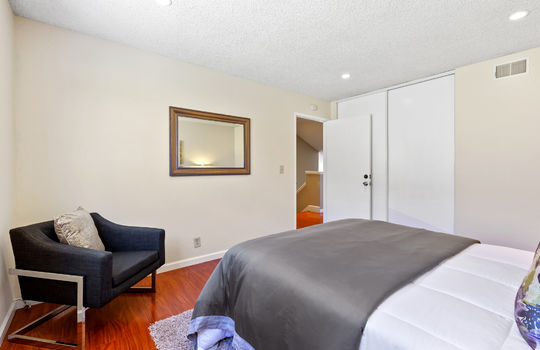 Floor2_bedroom2-4
