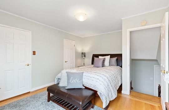 Floor3_master_bedroom-6