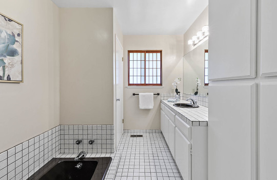 bathroom_2_003-2