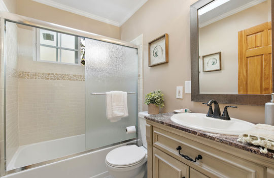 floor_2_bathroom-1-2