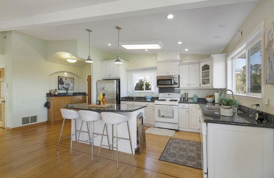 floor_2_kitchen-7-2
