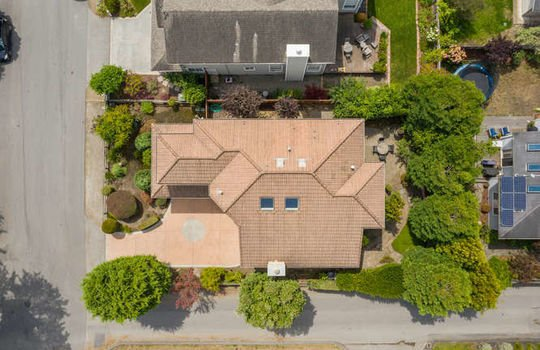 365 Coronado Ave Half Moon Bay-small-003-004-image 002-666×444-72dpi