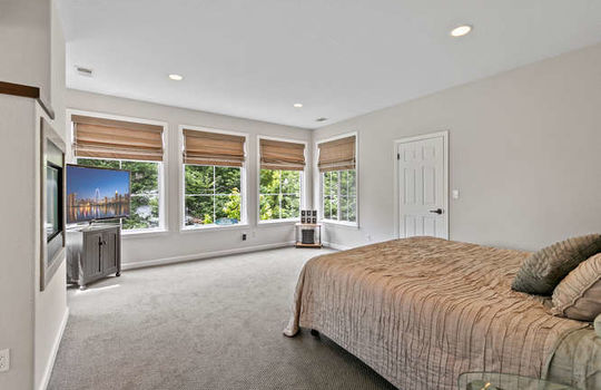 365 Coronado Ave Half Moon Bay-small-042-049-image 105-666×444-72dpi
