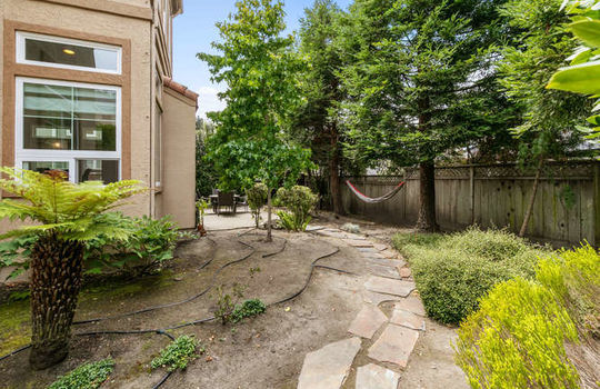 365 Coronado Ave Half Moon Bay-small-063-019-image 016-666×444-72dpi