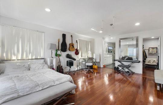 Floor2_Master_bedroom-7-2