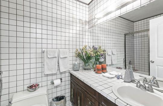 bathroom_1_003-2