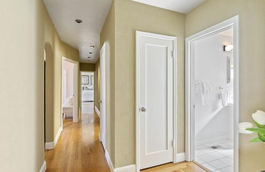 hallway_003-2
