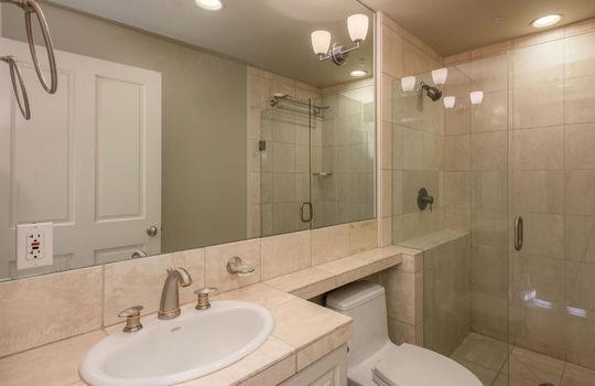 2ndbathroom-1