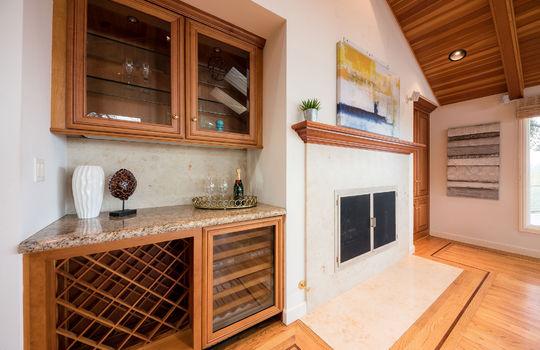 diningroomfireplace-1