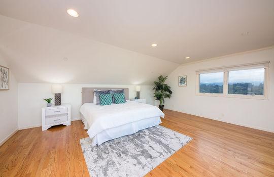 upstairsbedroom1-1