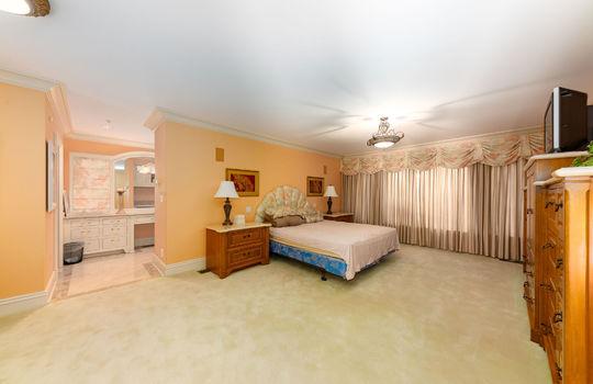 guestsuitedownstairs027