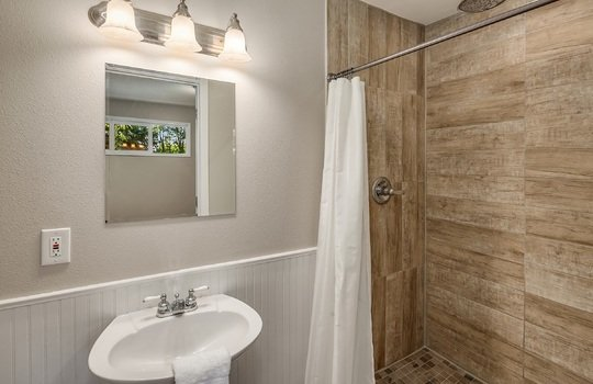 UpgradeRealty-20632 W Richmond Rd Bothell (26)